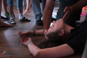 Mýtus 23 — Před masáží srdce je třeba zkontrolovat pulz