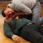 Kurzy první pomoci zážitkem - Vyšetření dechu - resuscitace dospělého - PrPom