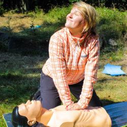 Resuscitace v podání Zuzky Slepičkové — lektorky první pomoci v PrPom