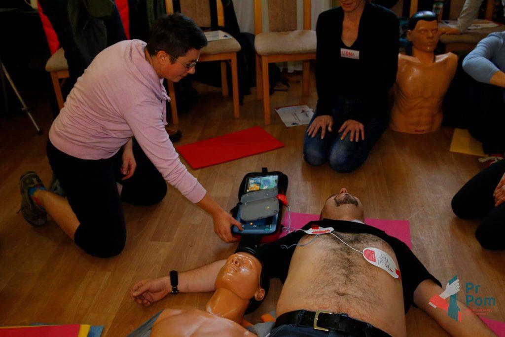 AED charita